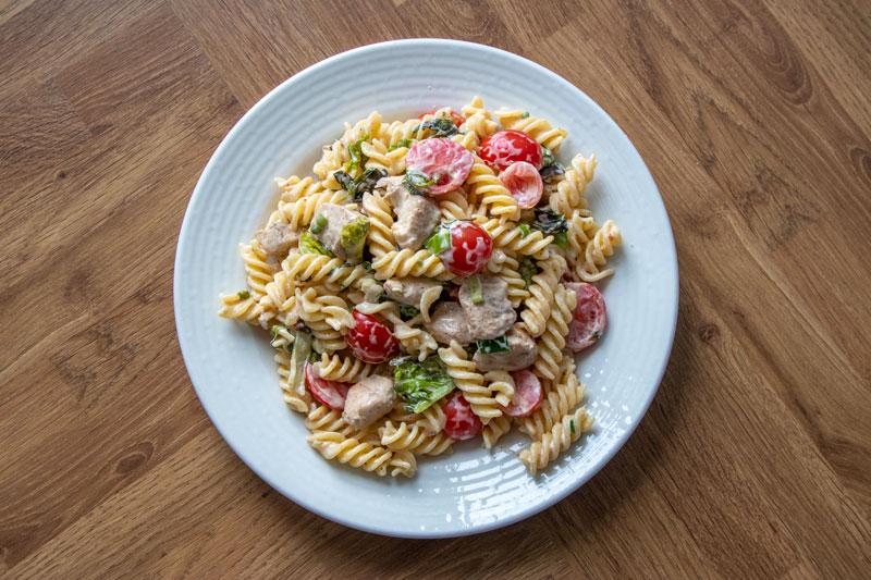 Easy EATS chicken pasta salad